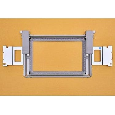 Baby Lock Border Frame (4 inches x 7 inches)