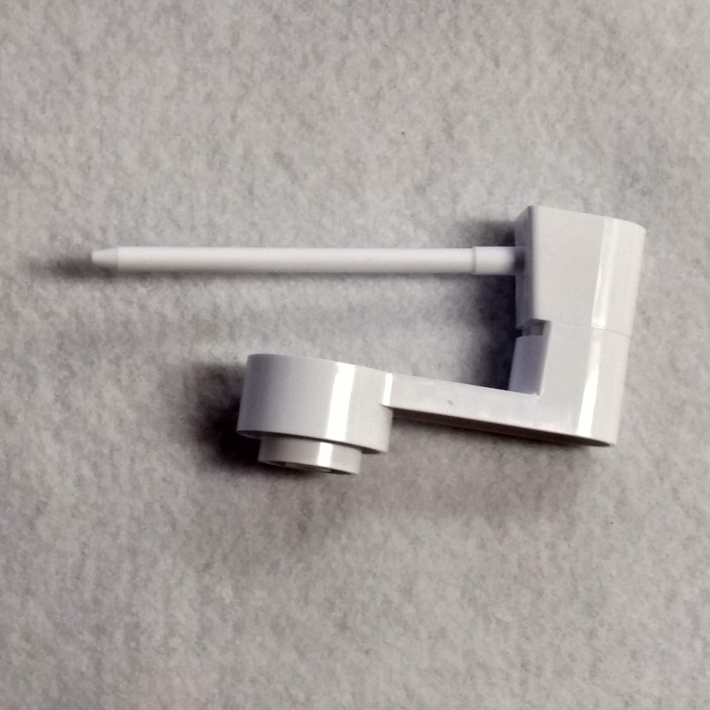 Baby Lock Spool Pin (Horizontal) XG9521001
